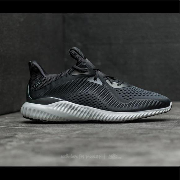 adidas schuhe new in box alpha bounce kern schwarz 7 frauen poshmark